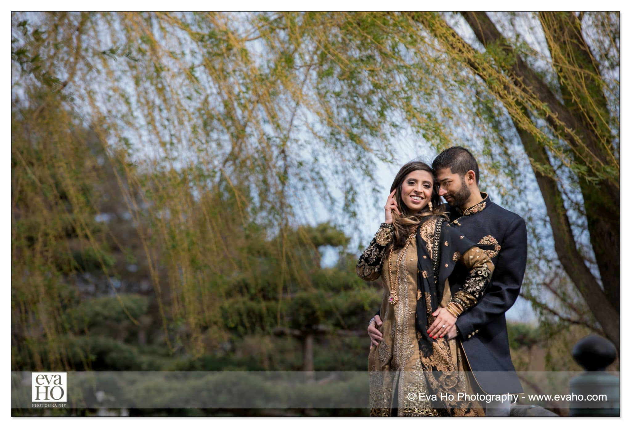 Nidah and Z in their traditional Pakistani outfit under the willow trees.