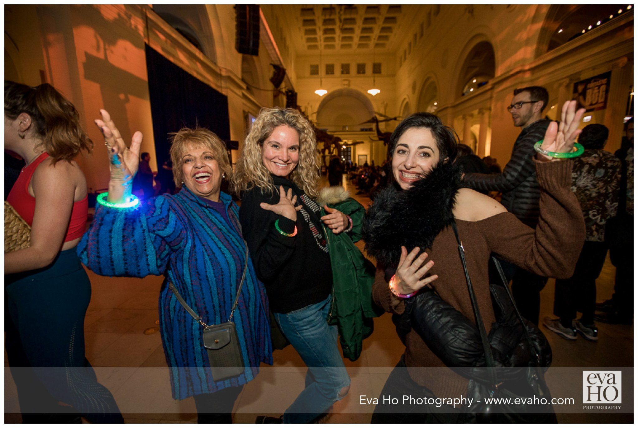 happy guests at the Night of Ideas Field Museum event
